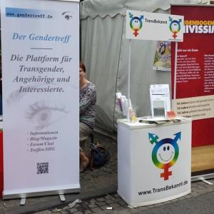 TransBekannt & Gendertreff beim CSD Köln 2014 – Wir zeigen Flagge für transidente Menschen